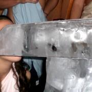 Ice Luge auf einer Frat-Party